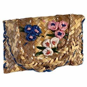 VTG woven straw clutch